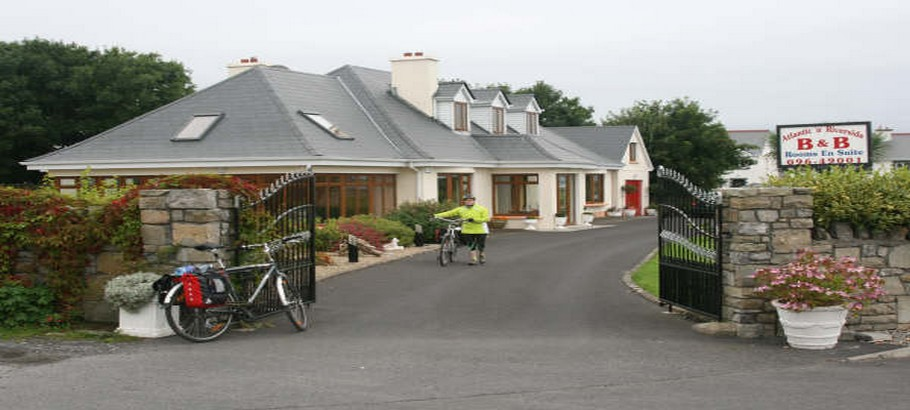 easkey accommodation main gate